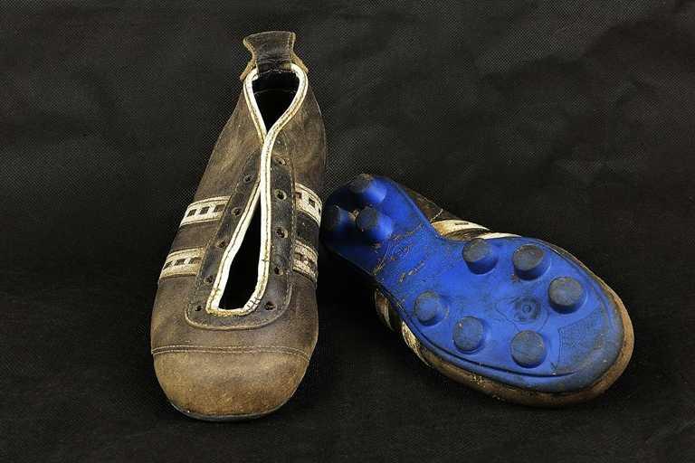jakie kupić buty piłkarskie?